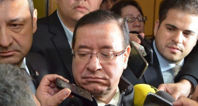 Cuevas refuta acusaciones y asegura que es víctima de persecución política