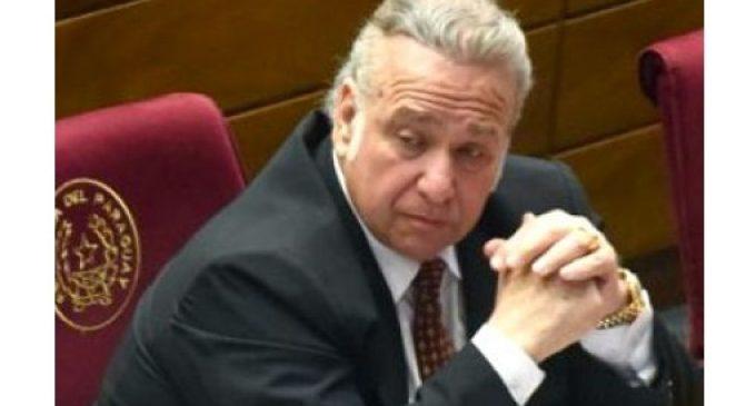Indignados piden pérdida de investidura de González Daher