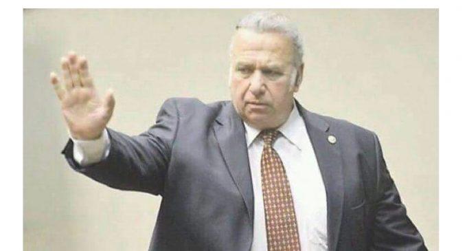 Renunció Óscar González Daher