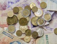 Por primera vez en toda la historia, el peso uruguayo vale más que el argentino