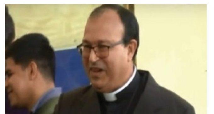 Defensoría del Pueblo denuncia a tribunal que benefició a cura abusador de menores