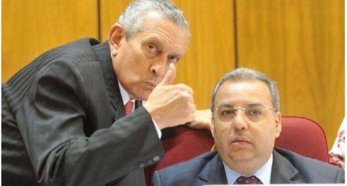 """Exsenador de UNACE respalda """"digna renuncia"""" de Oviedo Matto"""