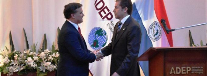 Canciller nacional y ADEP enfatizan la importancia de la carrera diplomática
