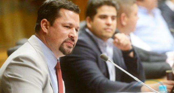 Diputado Quintana se entregará antes del lunes, asegura abogado
