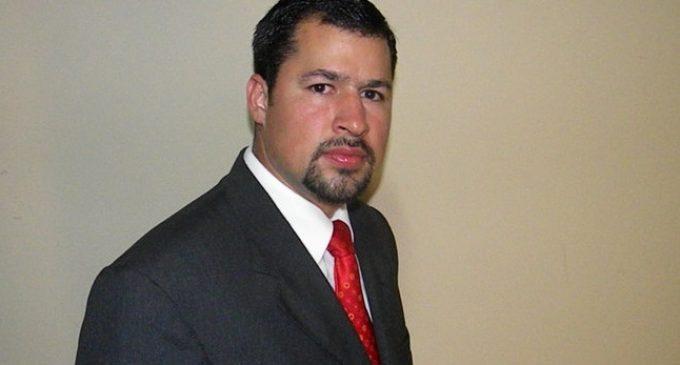Diputado Quintana se entrega esta tarde, asegura abogado