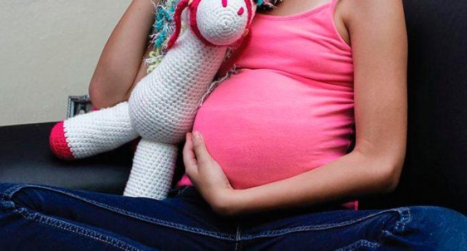 """Nena de 12 años, embarazada de su """"novio"""" de 19"""