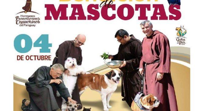 Hermanos Capuchinos realizan bendición de mascotas en conmemoración de San Francisco de Asís