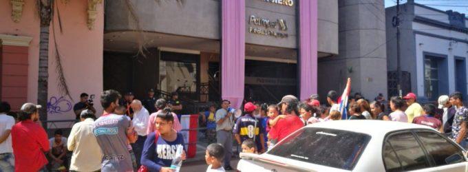 Manifestaciones contra presidenta de PETROPAR