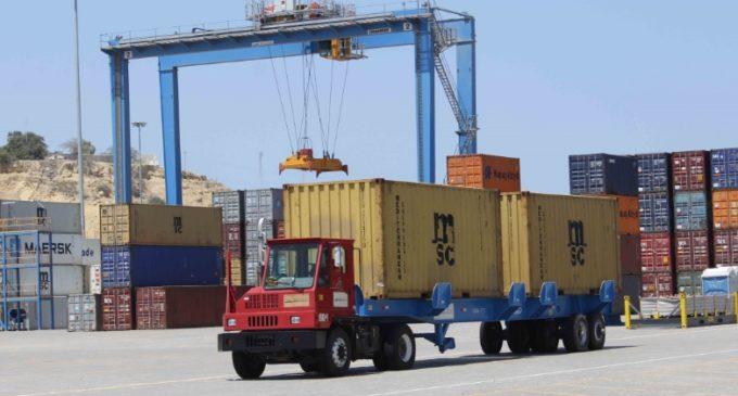 Niegan pedidos de coimas a importadores tras aumento de controles en Aduanas