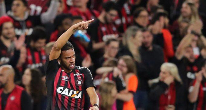 Copa Sudamericana: Paranaense toma ventaja sobre Fluminense