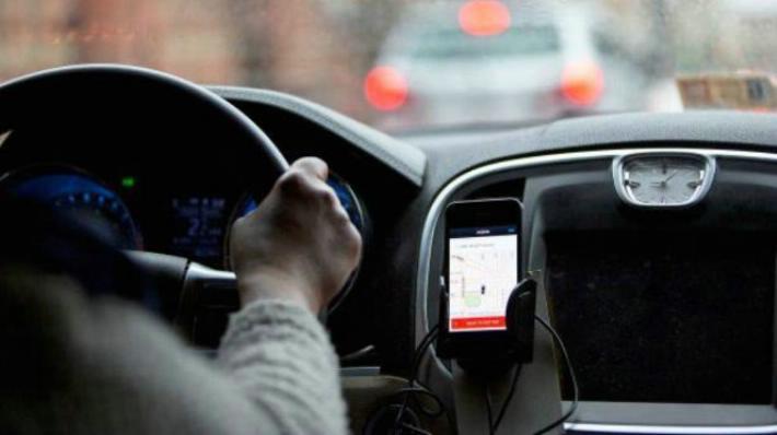 Uber cuenta con más de 15.000 solicitudes para choferes