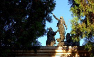 Hoy realizan tour nocturno en el Cementerio de la Recoleta