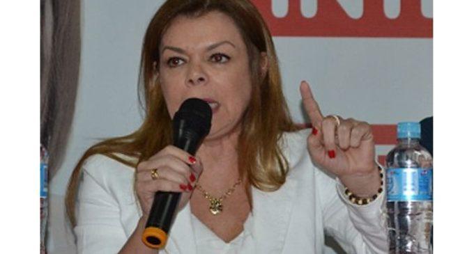 """""""Sandra McLeod no puede retirar su renuncia"""", asegura concejal"""