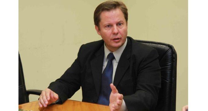 Postulante a ministro de Corte niega vínculo con Horacio Cartes