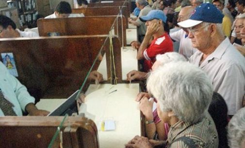 Hacienda lanza advertencia ante denuncias de intento de estafa a adultos mayores