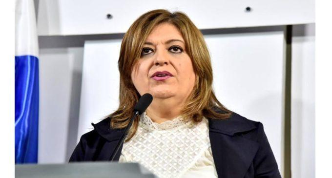 Sandra Quiñónez es más de lo mismo, critica abogada