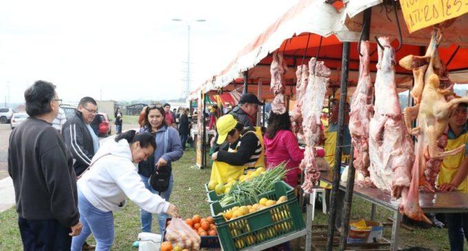 Feria de productores orgánicos en la Costanera de Asunción