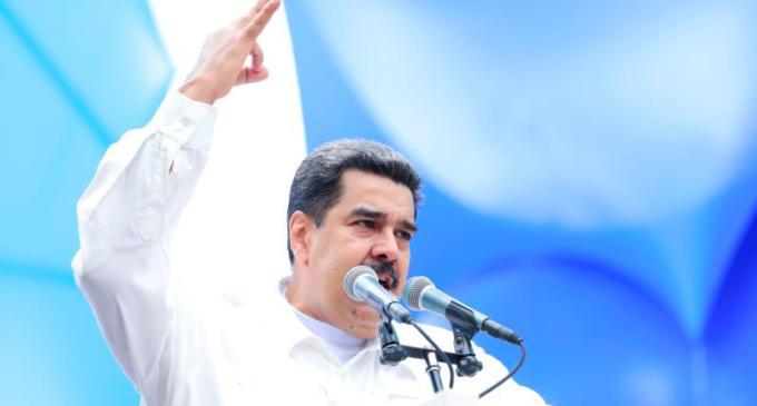 """Maduro acusa a EE. UU de una """"guerra eléctrica"""""""
