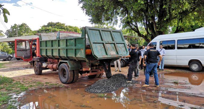 La SENAD interceptó carga de marihuana en camión que transportaba piedra triturada