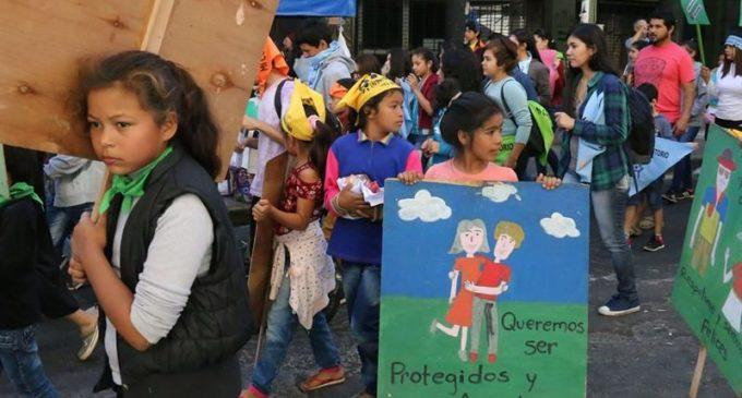 Piden mayores políticas públicas para niños y adolescentes