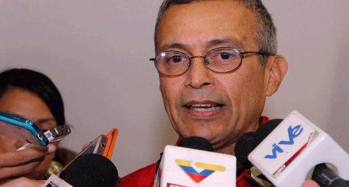 """""""Por una vara de bambú se cayó la electricidad en Venezuela"""""""