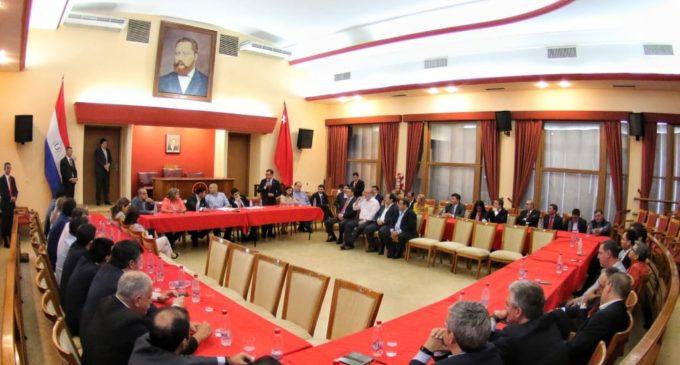 Parlamentarios colorados se reunieron en busca de unidad partidaria