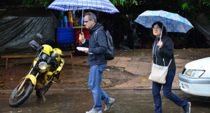 Miércoles fresco y con lluvias dispersas, anuncia Meteorología