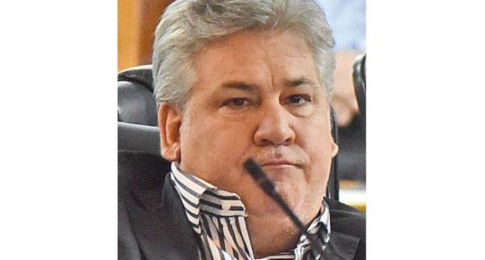 Ferreiro tenía G. 30.000 millones disponibles para ejecutar obras y no lo hizo, según concejal