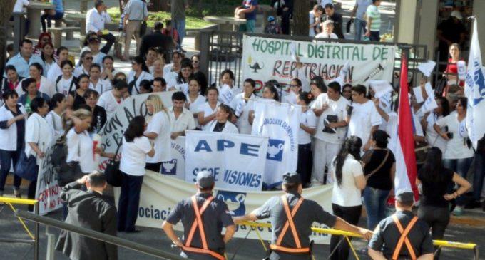 Enfermeros se movilizan en todo el país