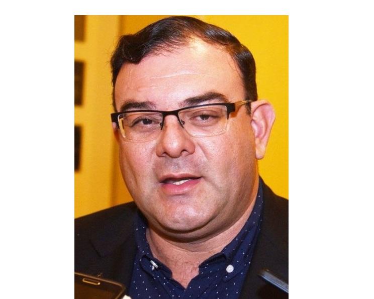 Comisión Escrache ahora apunta contra diputado Tomás Rivas y pedirán su desafuero