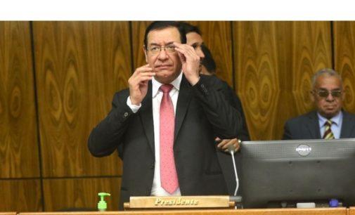 Fiscalía no tiene pruebas contra Cuevas, sostiene defensa