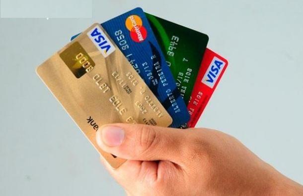 Restaurantes se mantienen en no recibir tarjetas