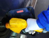 Al igual que PETROPAR, emblemas privados tampoco bajarán precios de combustibles