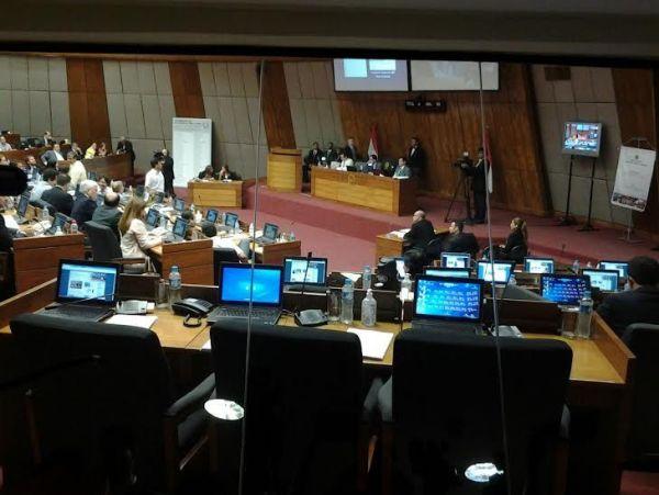 Luego de largo debate, Diputados aprobó el Juicio Político a tres miembros de la Corte
