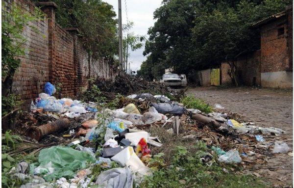 Mariano y Luque se quejan por falta de recolección de basura