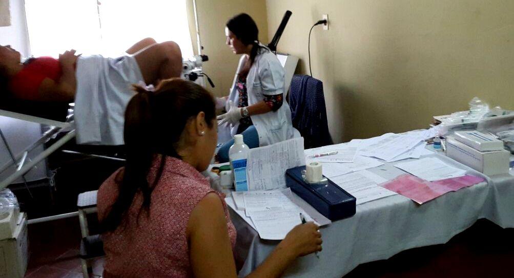 Atención especializada a mujeres pilarenses para prevenir cáncer cervicouterino