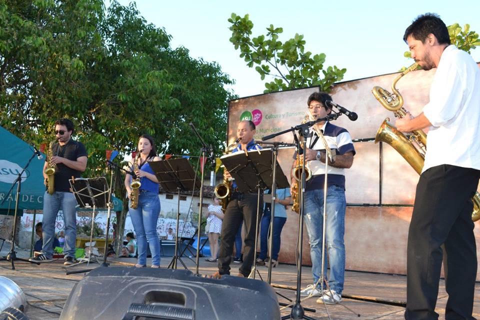 rohayhuve-che-barrio-saxclub