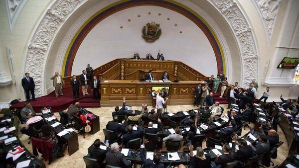 Venezuela: la Asamblea Nacional detectó una malversación de fondos por 87 mil millones de dólares