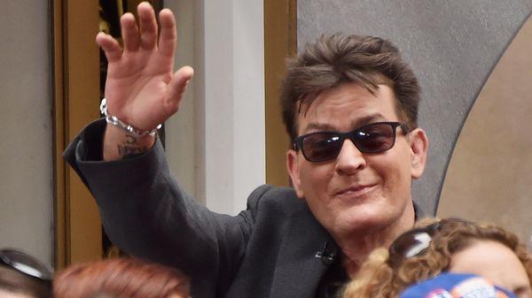 """Charlie Sheen: """"Conozco a varias estrellas de Hollywood que tienen HIV y lo ocultan"""""""