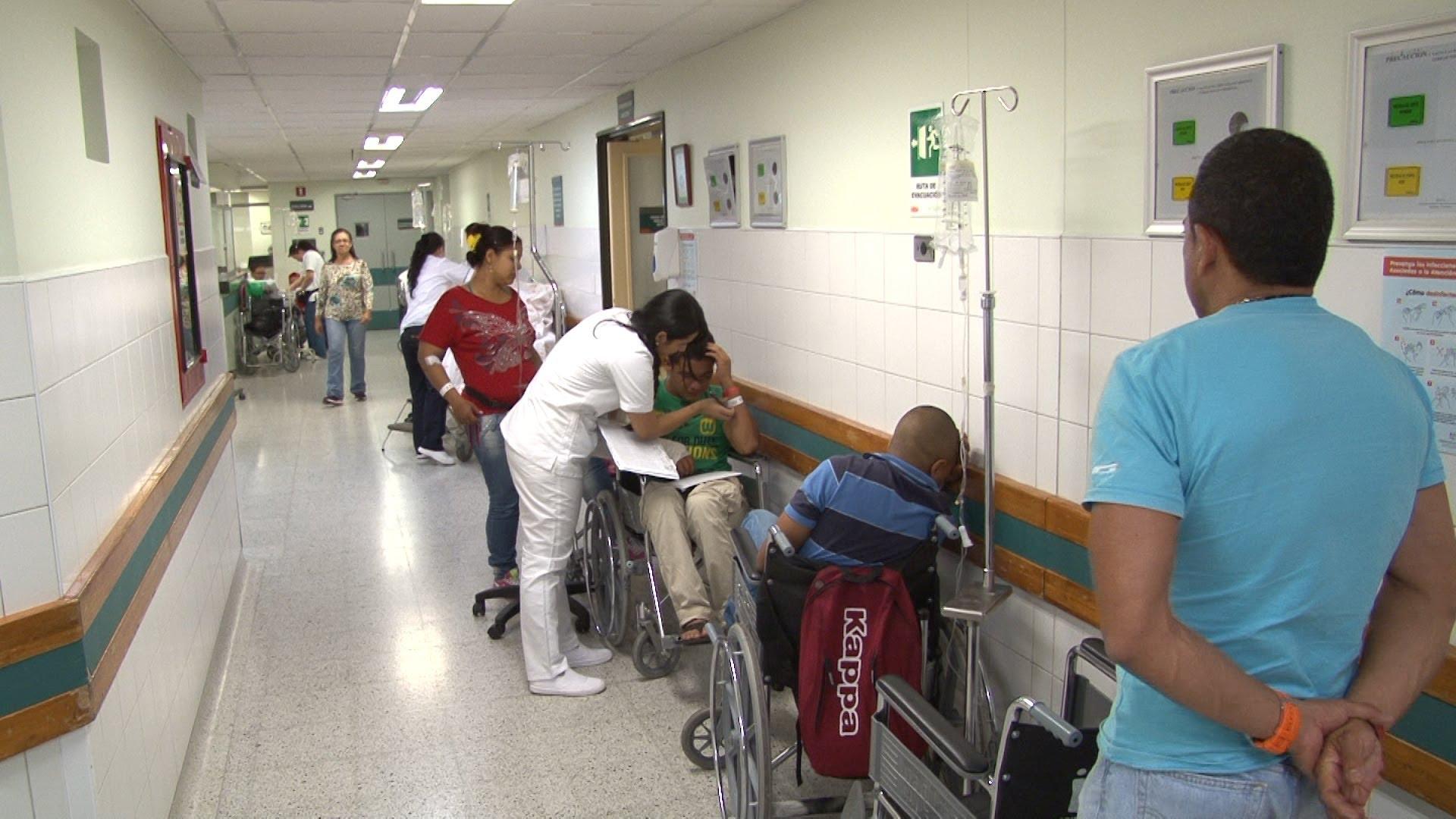 Prohíben que médicos utilicen celulares en Urgencias de Hospital Regional de Concepción