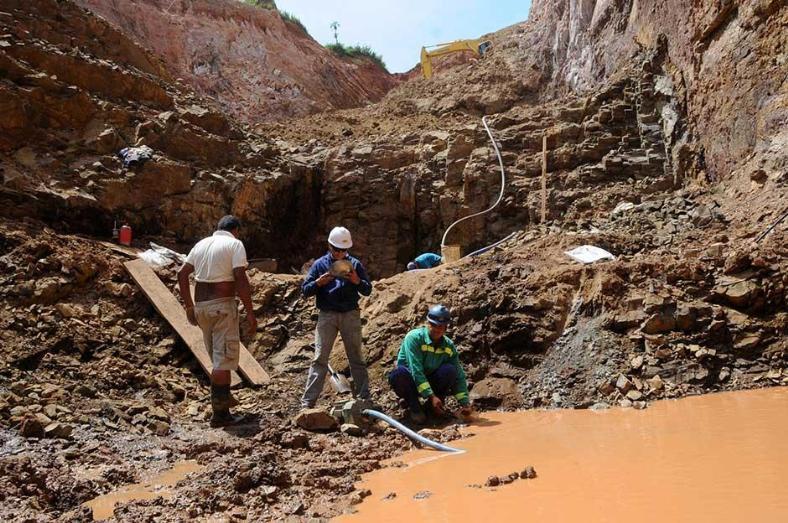 Ningún político del conflicto en Guairá figura en catastro minero, dice Viceministerio de Minas y Energía