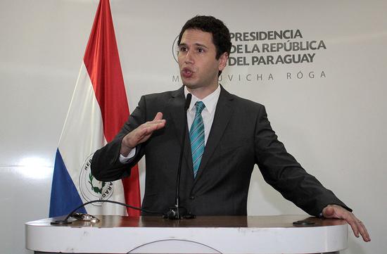 Procurador General de la República dice que casos Gramont Berres y bonos son diferentes