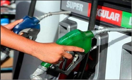 Estaciones de servicio solicitan reducción del Impuesto Selectivo al consumo