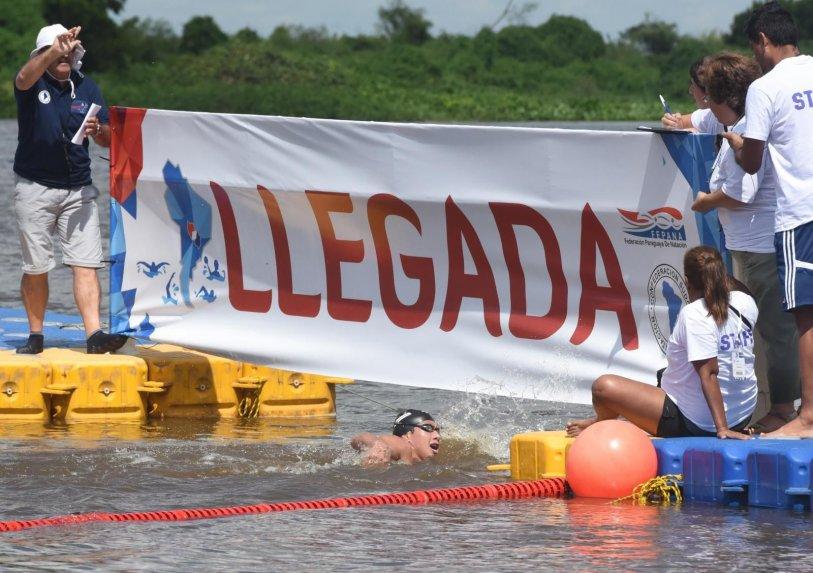 Clínicas de natación con certificación internacional