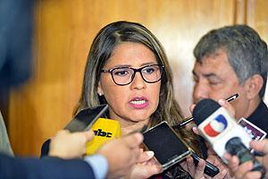 Abogada de Cuevas dice que peritos de Fiscalía erró en cálculos de valor de inmuebles