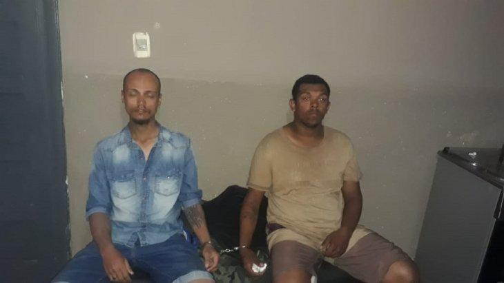 Detuvieron a brasileños por fotografiar a guardias del Palacio de Gobierno