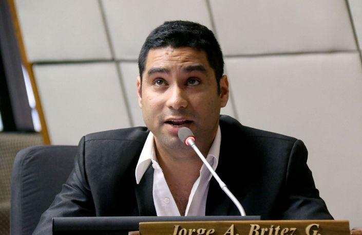 """Diputado critica actitud de ANR y desmiente """"desproporcionalidad"""""""