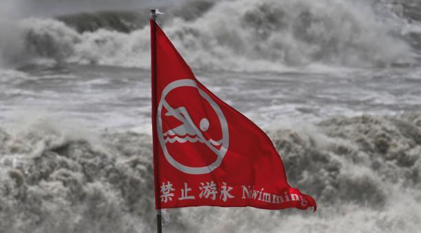 Terremoto y tifón: Terrible situación en Taiwán
