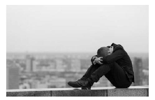 No solo personas que sufren depresión son propensas a suicidarse, aclara Salud Pública