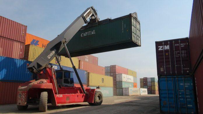 Recesión en la región impacta  en recaudación aduanera